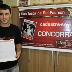 Sul Fashion contempla noiva do Expo ClicNoivos