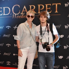 O top Red Carpet Weekend