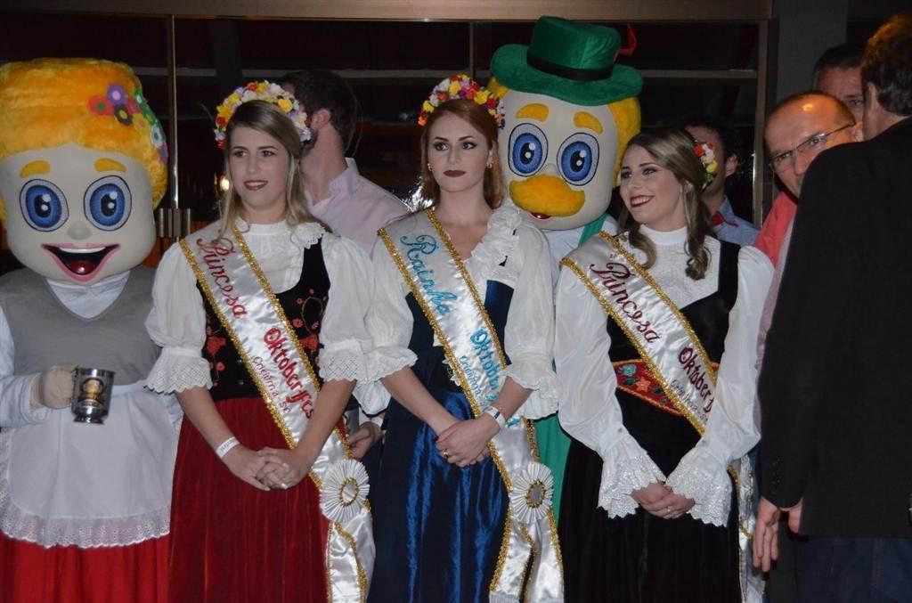 Inscrições abertas para Rainha e Princesas 2018 em Criciúma