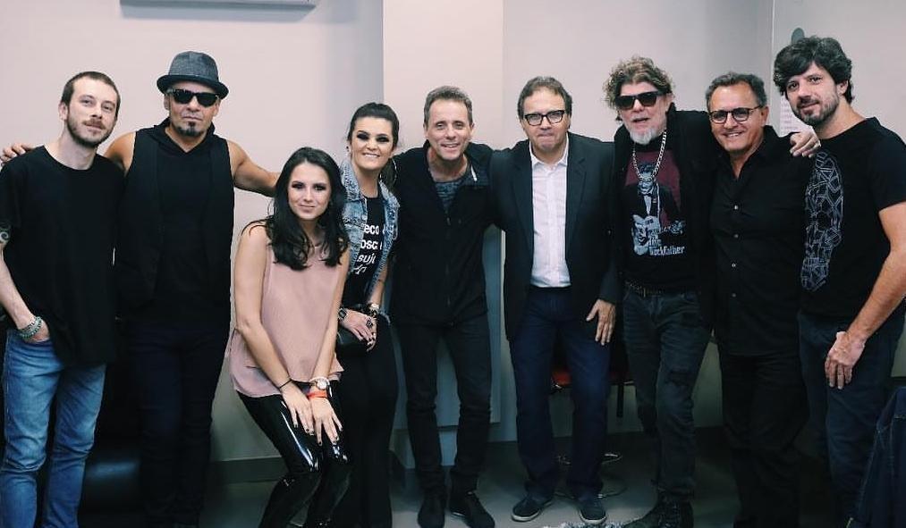 Show da banda Titans no AM Master Hall enlouqueceu o público sexta-feira, em Criciúma