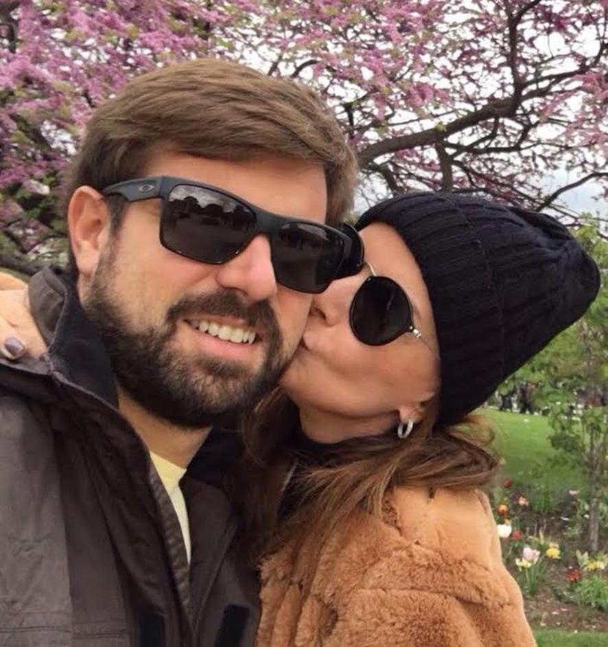 Casal Patrícia Felício e Giovani Freitas voltam ao Brasil após honeymoon