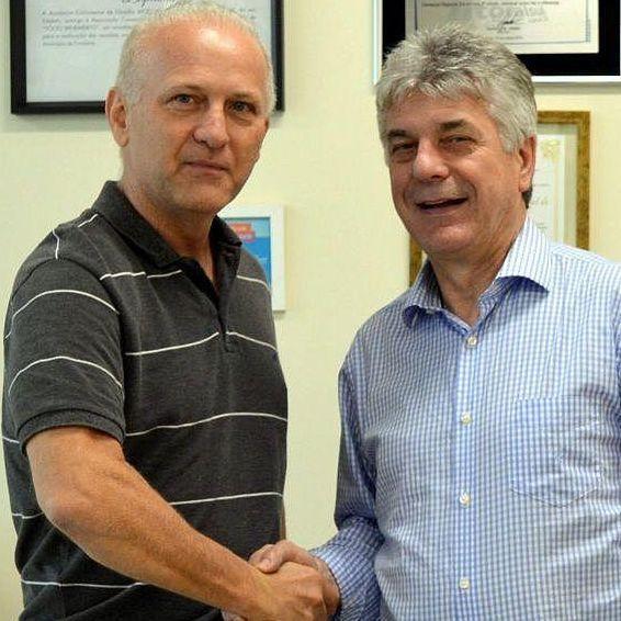 Nova posse da diretoria executiva da ACIC com palestrante Henrique Meirelles