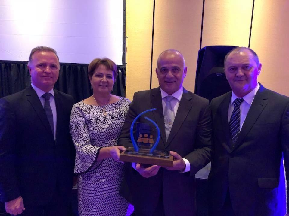 Empresas Radar recebe Troféu Solidariedade em Buenos Aires (ARG)