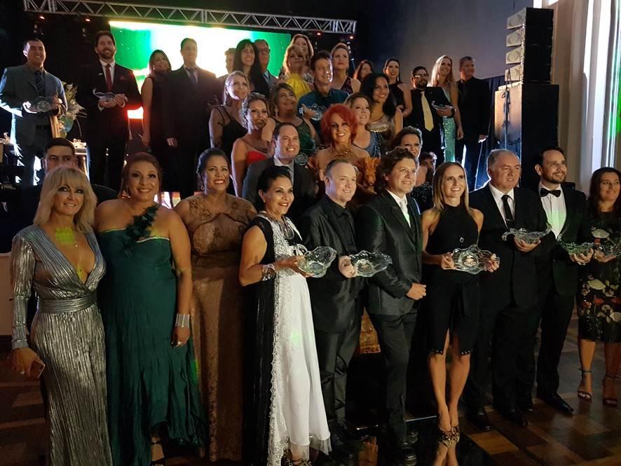 Fernando Fischer promove noite especial no S. R. Guarani em Itajai