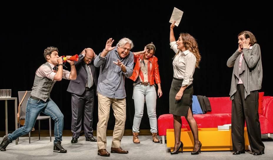 Antônio Fagundes traz a comédia na peça Baixa Terapia, no Teatro Elias Angeloni