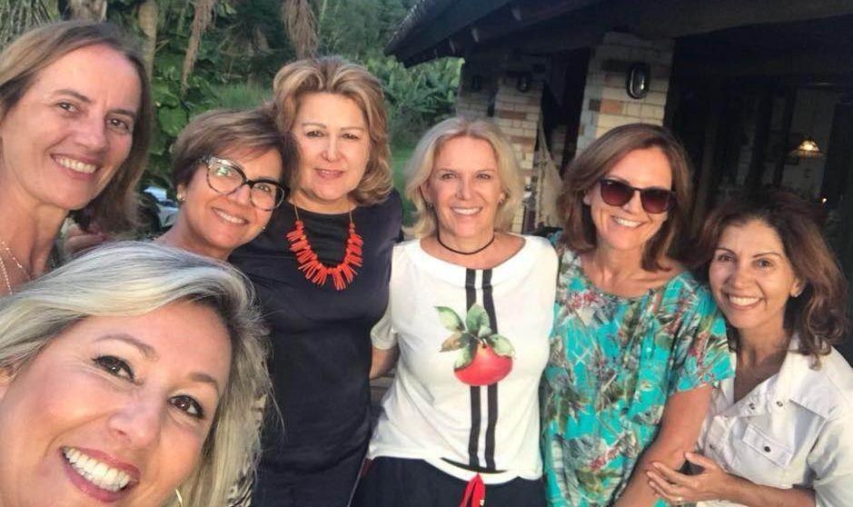 Empresárias na Praia do Rincão, Victória Zanatta indo para Itália e mais.