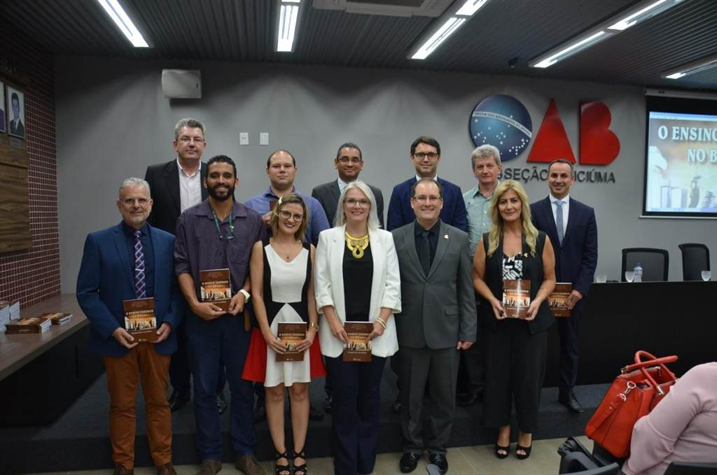 """Daniel Preve lança livro """"O Ensino Jurídico no Brasil: Perspectivas em Debate"""""""