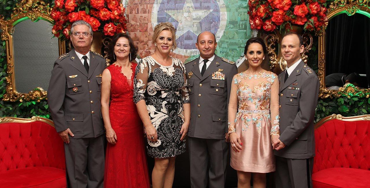 Jantar Baile da Policia Militar comemora  8 anos de batalhão e 182 anos da PMSC