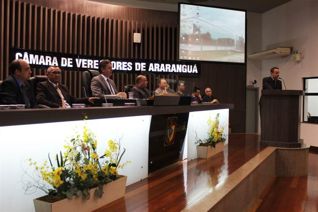 Câmara devolve R$400 mil que será usado na compra de viaturas e ambulância