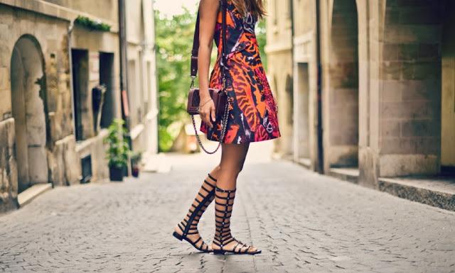 d1706049a0 Aprenda a montar looks com o calçado trend para o verão 2016