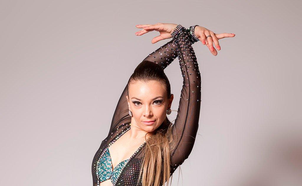 Carina Trombim estará em Criciúma para ministrar oficina de Shines Salsa