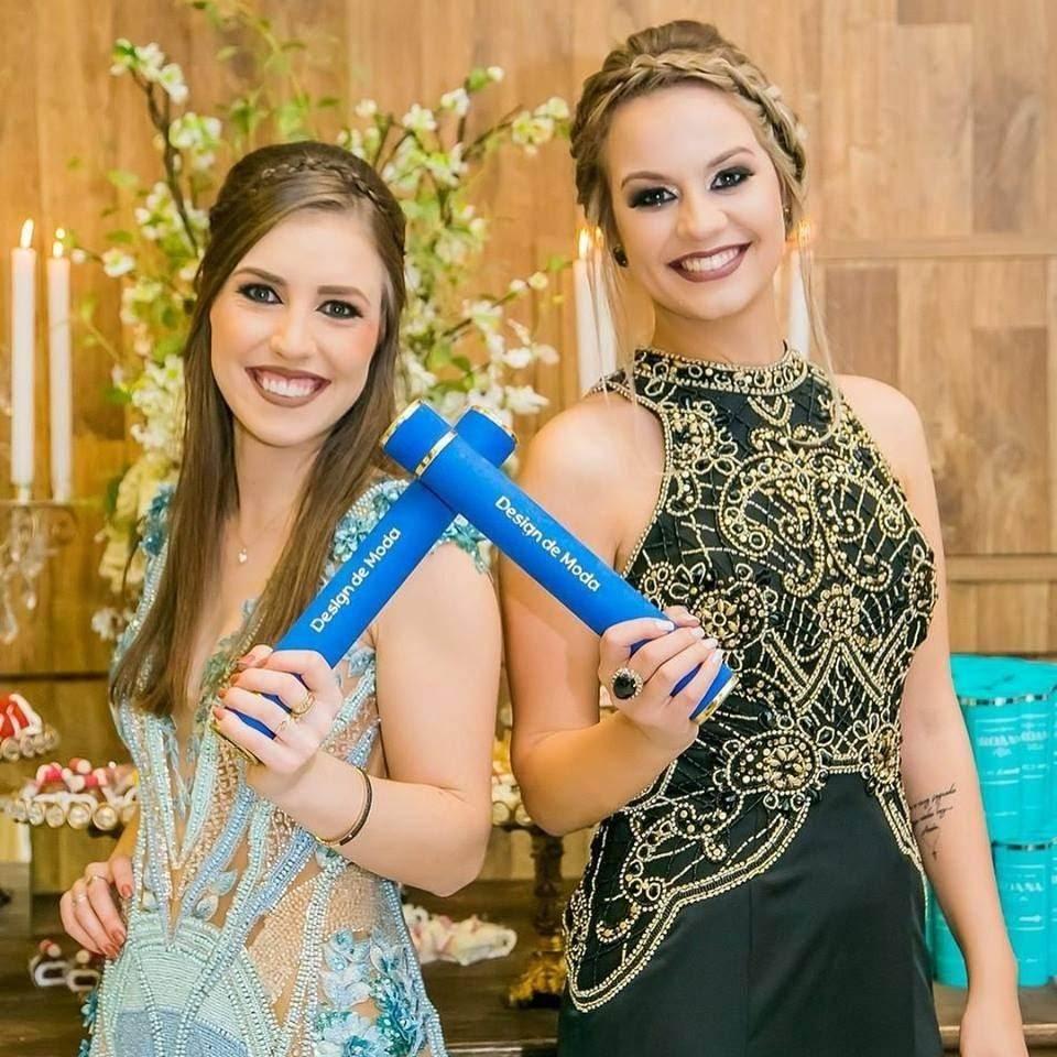 Lavínia Martins e Roana Vidal são formadas em Design de Moda
