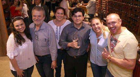 Wine Bar Varanda's em Criciúma, Mampituba de sede nova, Jantar de natal e mais