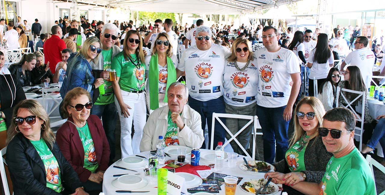 Mais de 600 pessoas prestigiaram o melhor da culinária brasileira na 15ª Feijoara