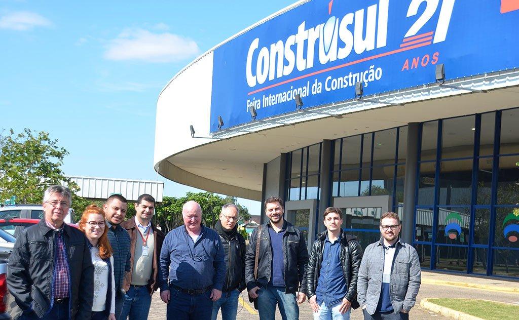 Representantes do Sinduscon marcam presença na Feira Internacional Construsul