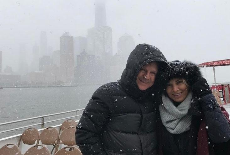 Presenteados com muita neve, aproveitam o friozinho na Big Apple