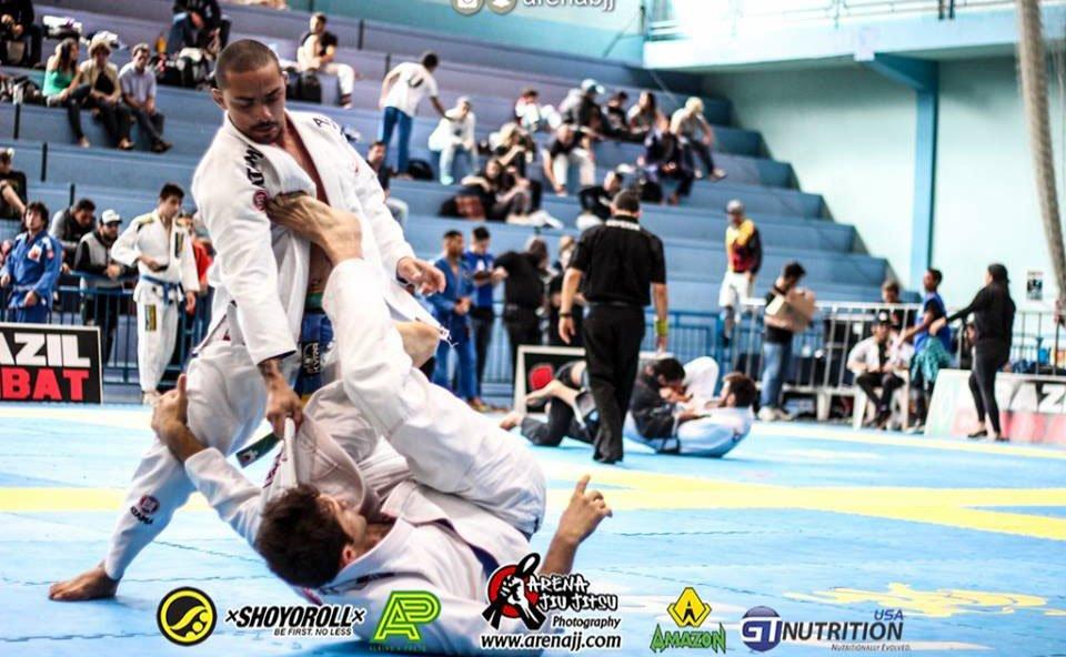 Maykon da Silva disputará na categoria Faixa Roxa do Jiu-Jitsu