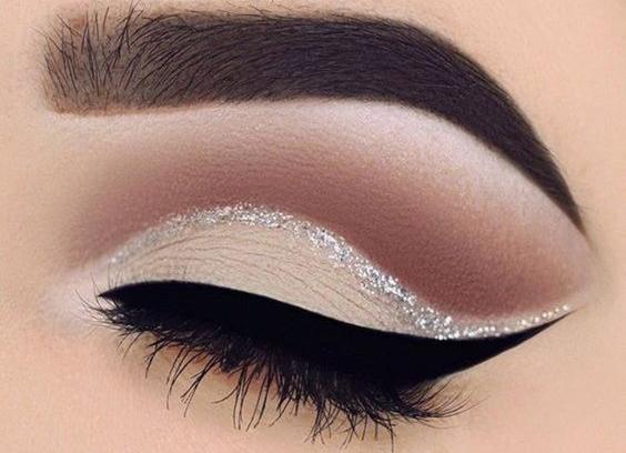Detalhes na maquiagem para usar nas festas de fim de ano