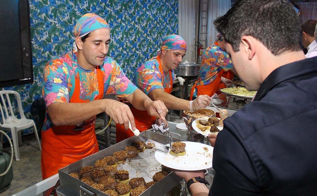O tradicional evento promete aliar alta gastronomia, música e muita descontração