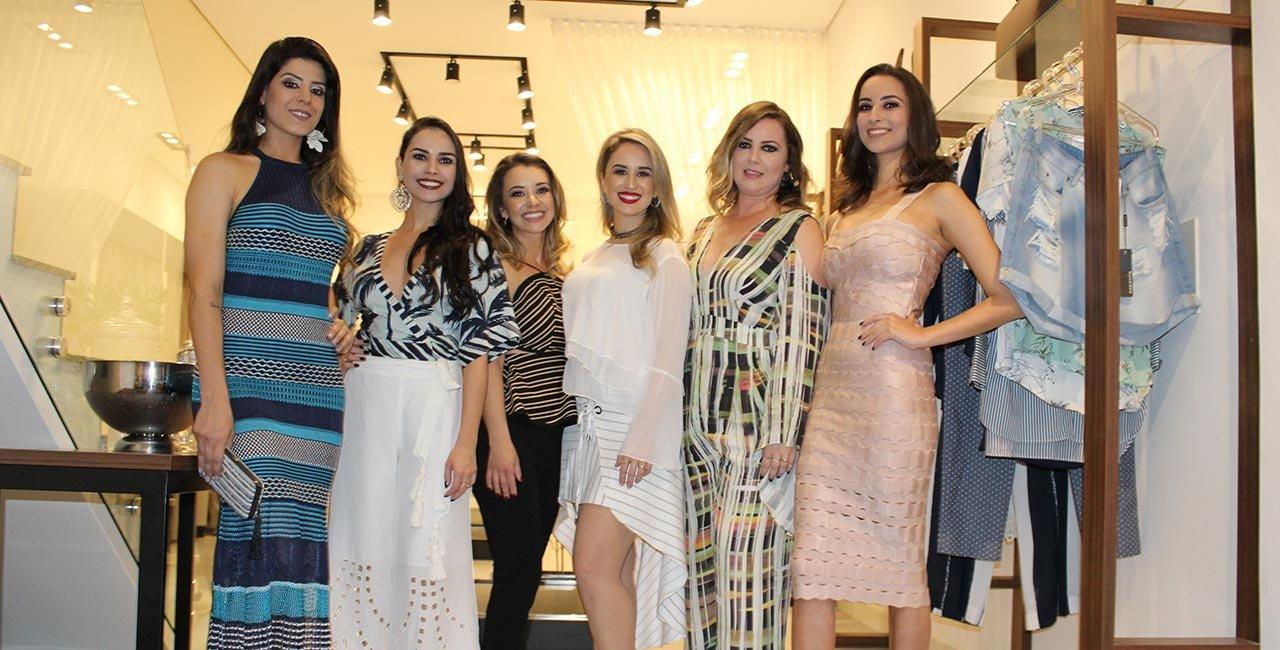 Juliana Fernandes Vieira e Camila Fernandes Nebuya receberam fashionistas em coquetel de lançamento