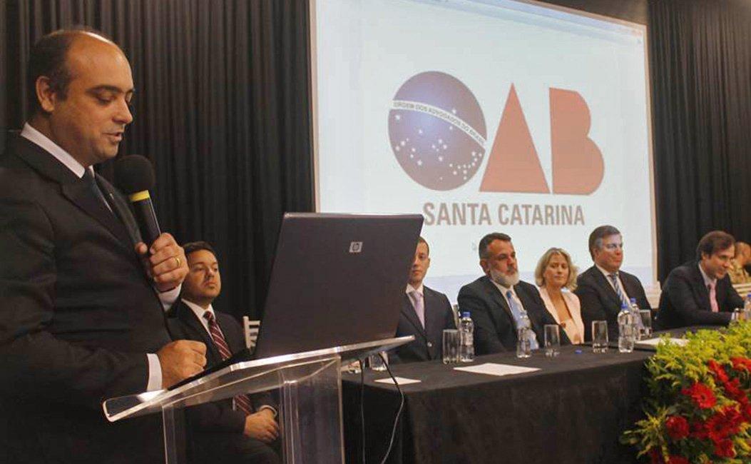 Advogados, Conselheiros e Delegados assumem cargos para o triênio 2019/ 2021