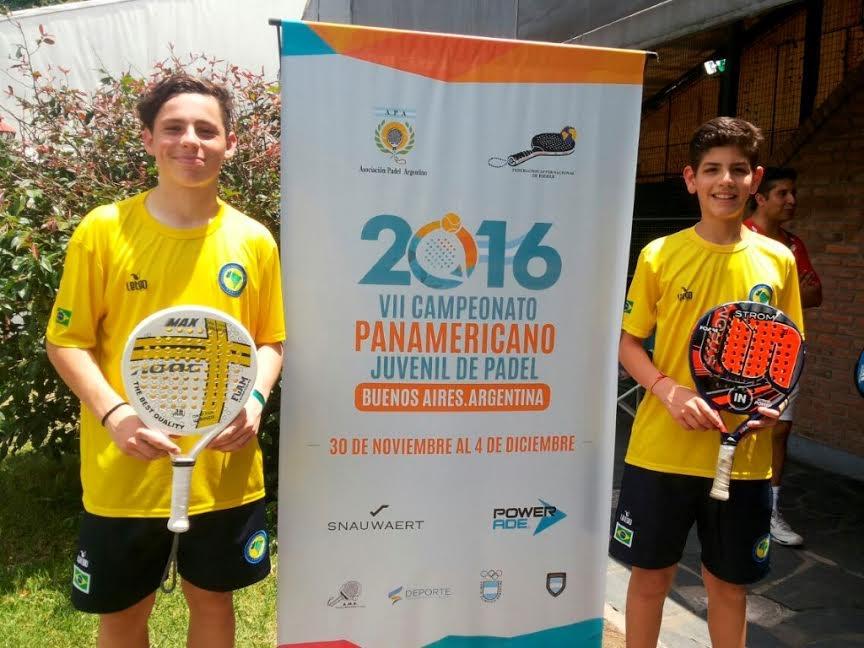 João Vitor representou o país em torneio internacional de Pádel