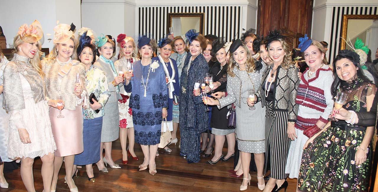 Inspirado em Coco Chanel, desfile reverte lucros à casa de apoio Vovó Gertrudes