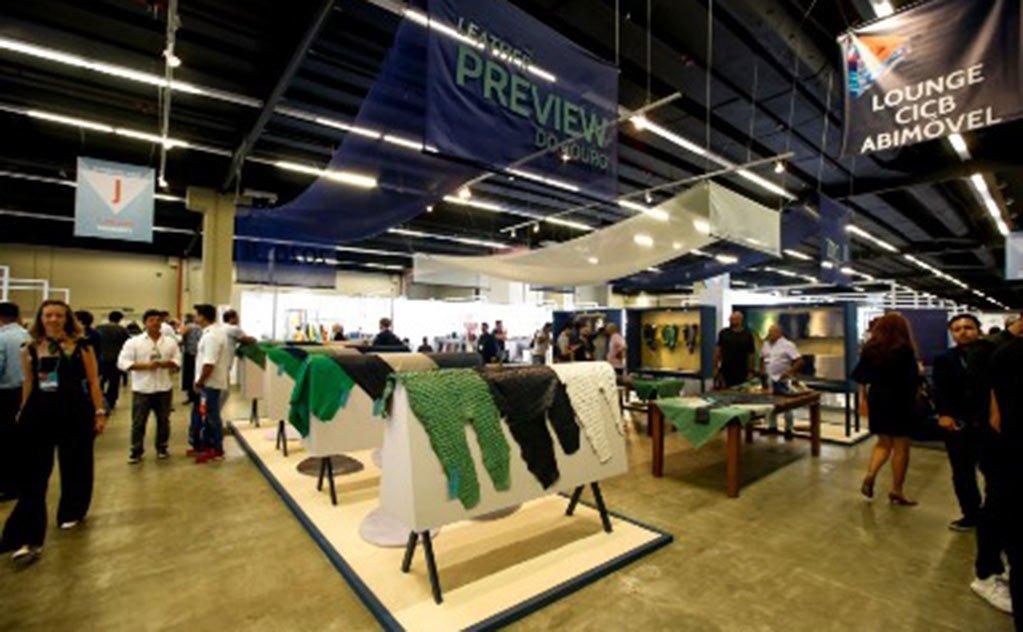15 curtumes expõem seus couros, nesta iniciativa do Centro das Indústrias de Curtumes do Brasil
