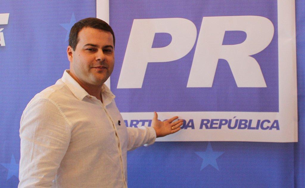 Novos ares de juventude para o Partido da República araranguaense