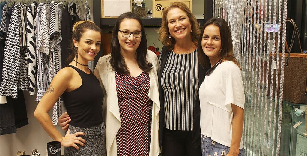 Magna Lapa reúne clientes e representantes para fashion night em Criciúma
