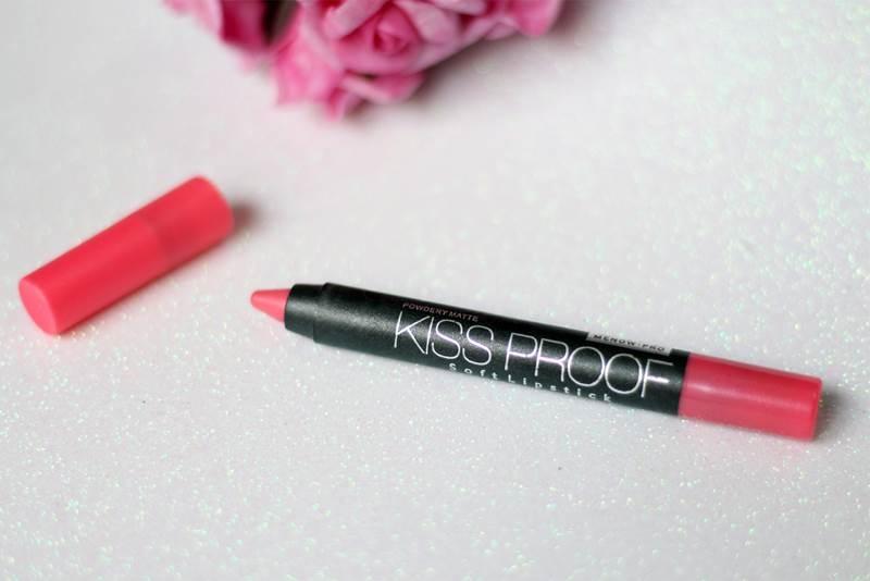 Saiba um pouco mais sobre o lipstick que prometem ser a nova modinha para os lábios
