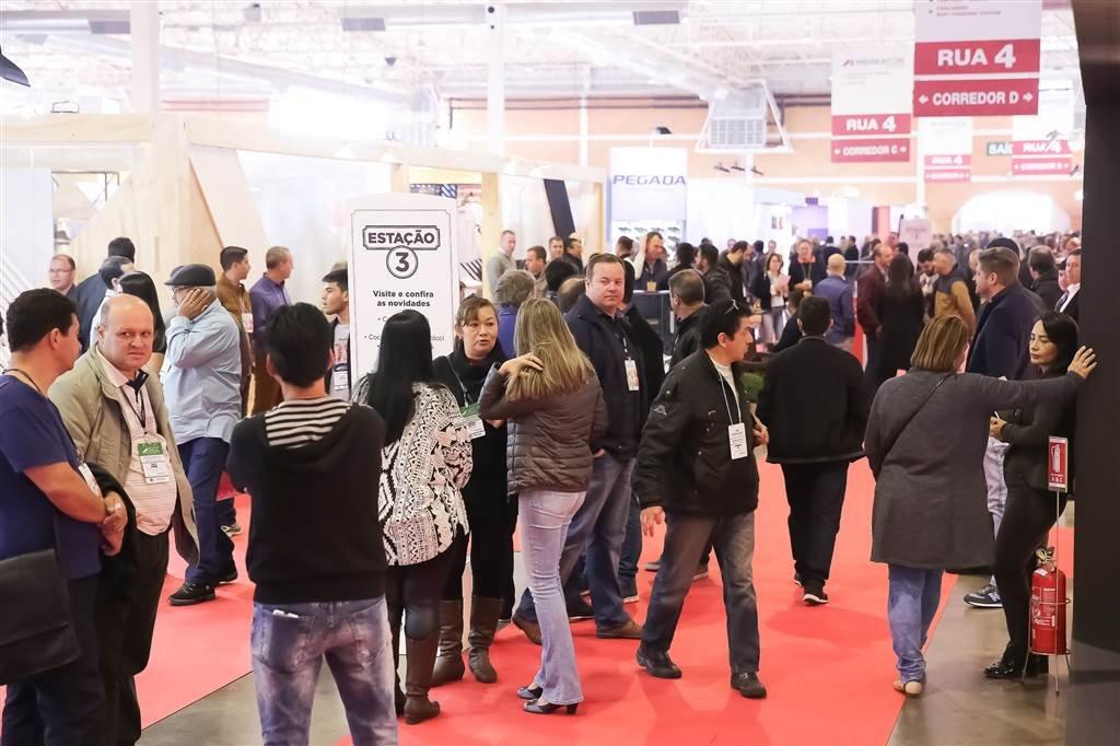 Crescimento na adesão dos exportadores reforça a indústria brasileira