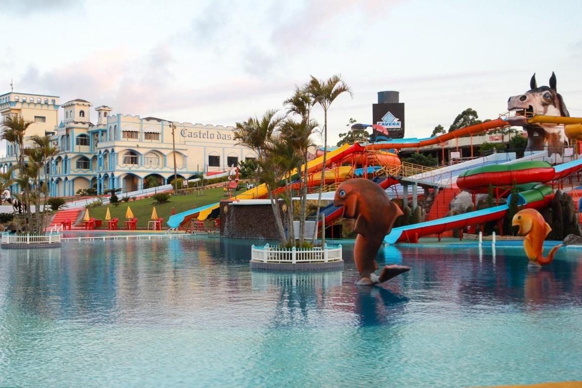 Convidados foram recepcionados no maior parque aquático de SC para apresentar as news