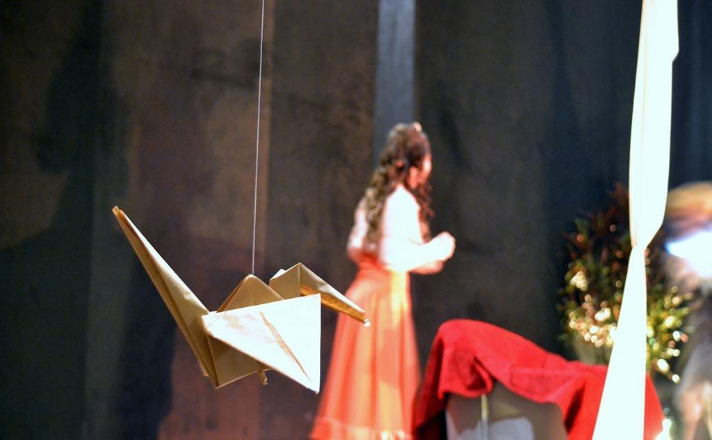 Alunos do Projeto Teatrando apresentaram a peça nesta segunda-feira
