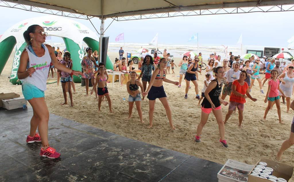 Atividades reuniu centenas de veranistas do Balneário Rincão