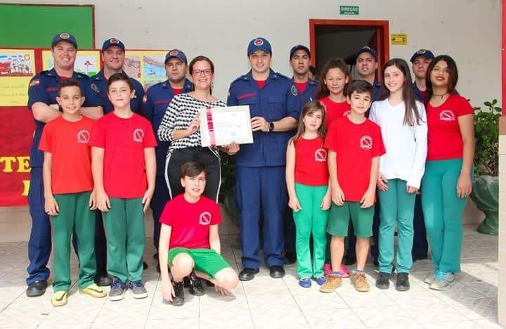 Escola de educação básica  92 anos do CBM de Santa Catarina