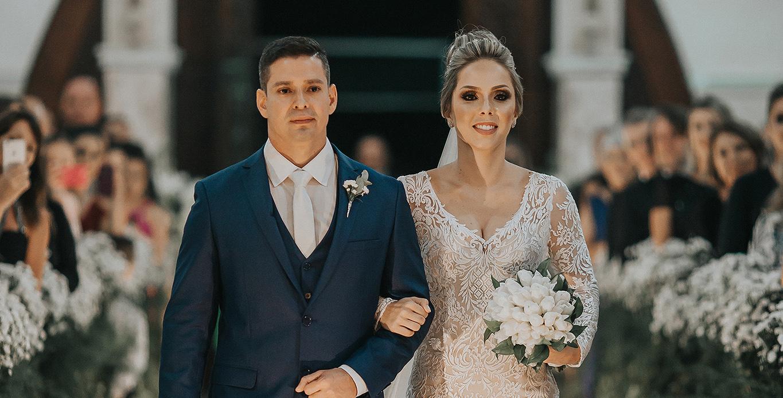 Casamento dos sonhos é envolto de felicidade, paixão e muito glamour