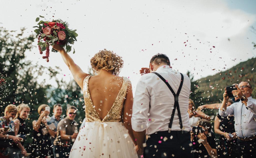 Entenda como funciona a cerimônia e festa do mini wedding