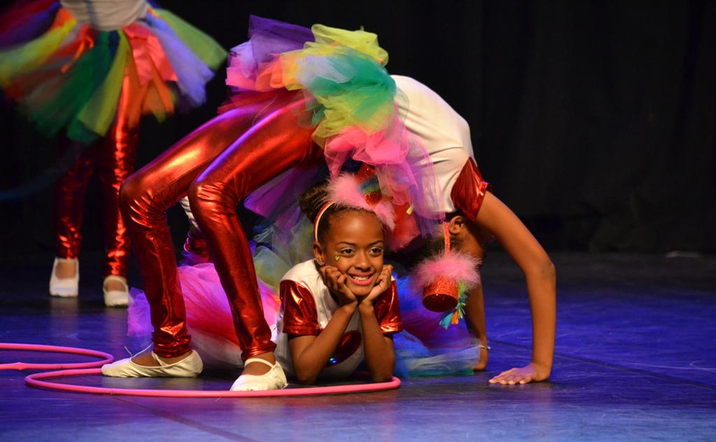 Unesc em Dança: 20 anos levando arte e encanto para o público