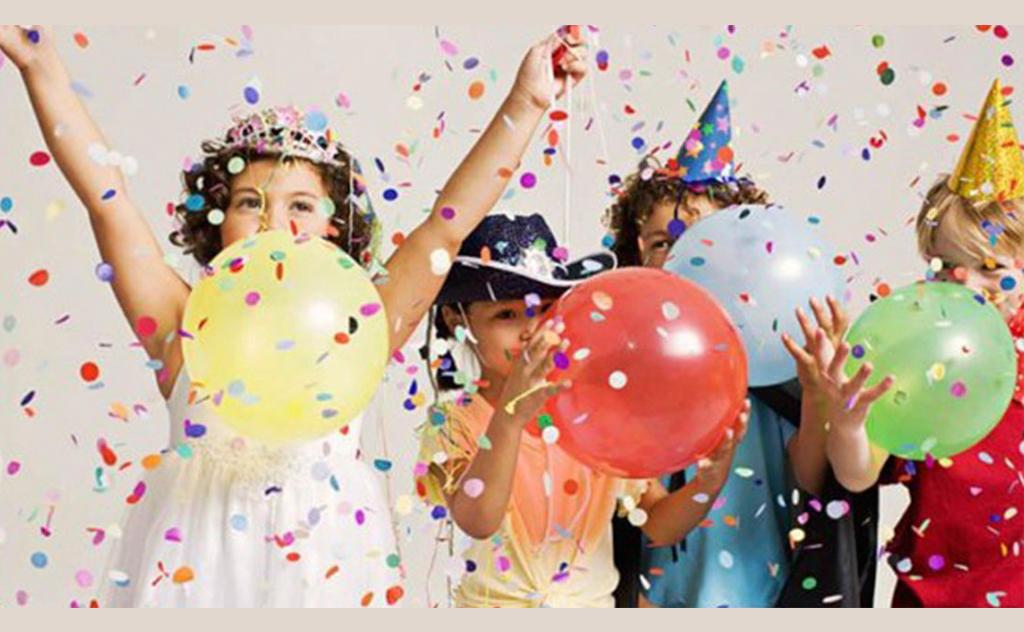 Clube mantém tradição do bailinho de carnaval para as crianças
