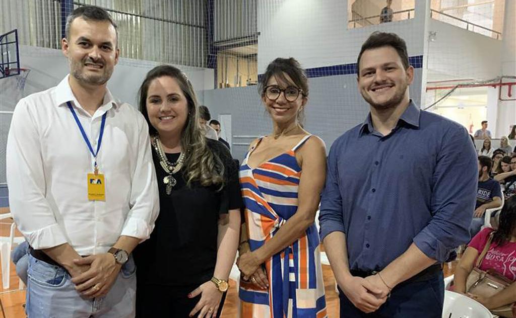 Instituição comemora as 84 novas vagas, em Enfermagem e Radiologia