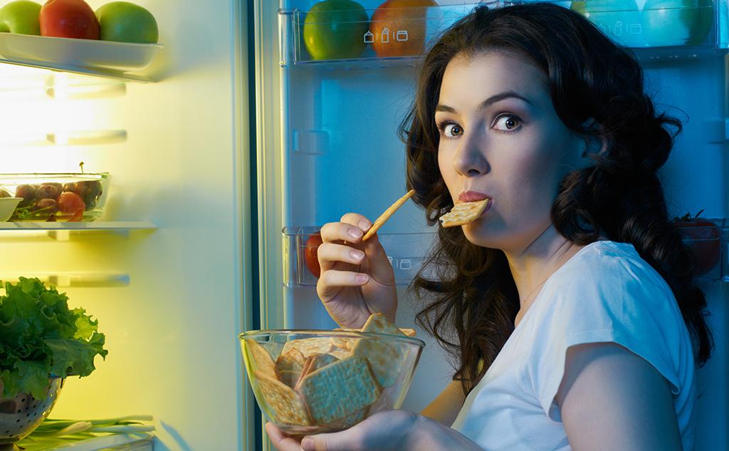 Dieta desequilibrada e bem-estar físico têm grande impacto no apetite