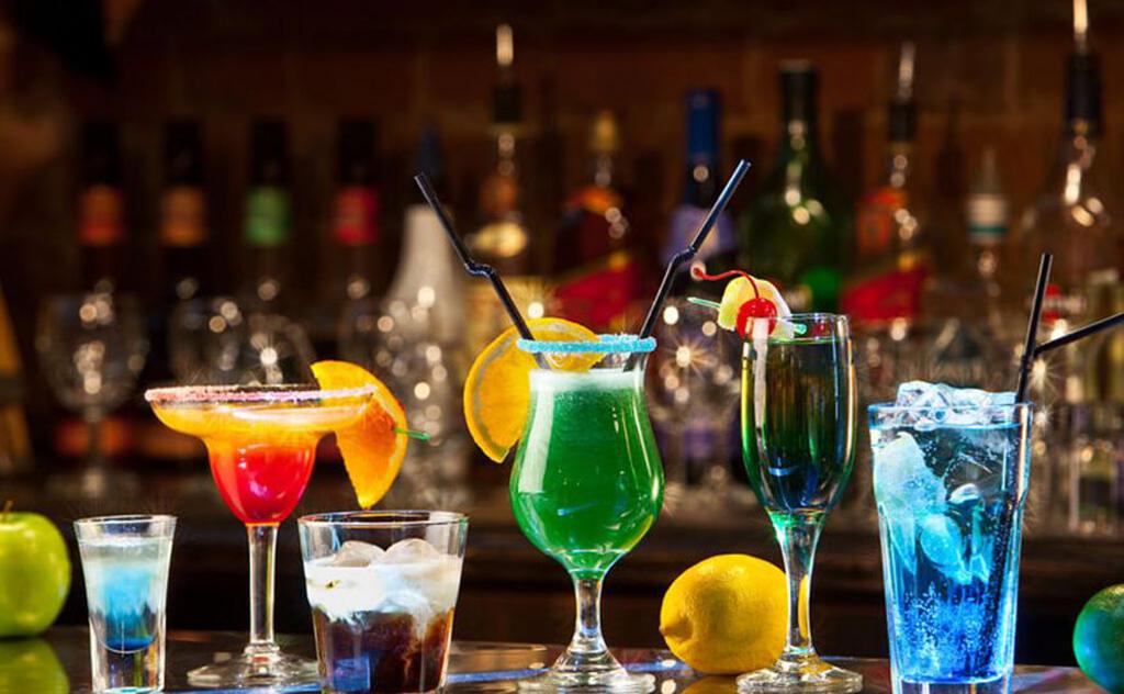 Que tal viajar o mundo e provar as melhores bebidas típicas de cada país?