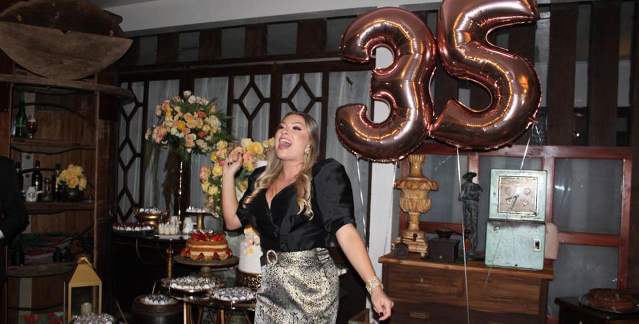 Com a intensidade que lhe é peculiar, a ativista celebrou a chegada dos 35 anos