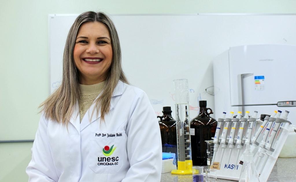 Comenda do Mérito Farmacêutico foi entregue em cerimônia em Florianópolis