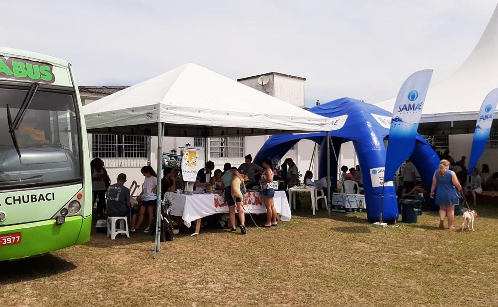 Secretarias dispuseram de vários serviços à comunidade
