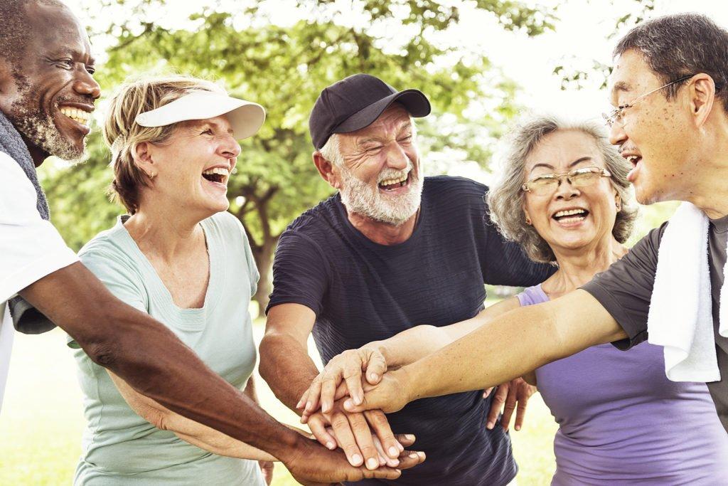 São diversos os fatores que contribuem para um envelhecimento saudável