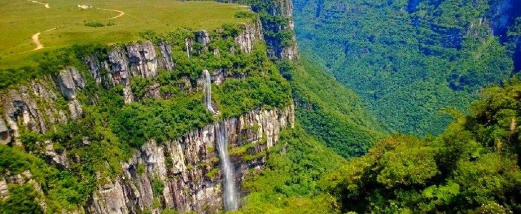Santa Catarina é uma das grandes referências brasileiras quando o assunto é férias e viajar