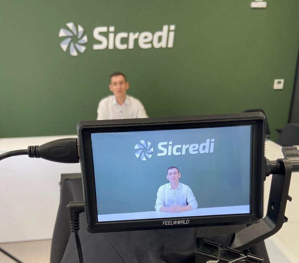 Especialista do Sicredi fala sobre os melhores caminhos para os diversos perfis de investidores
