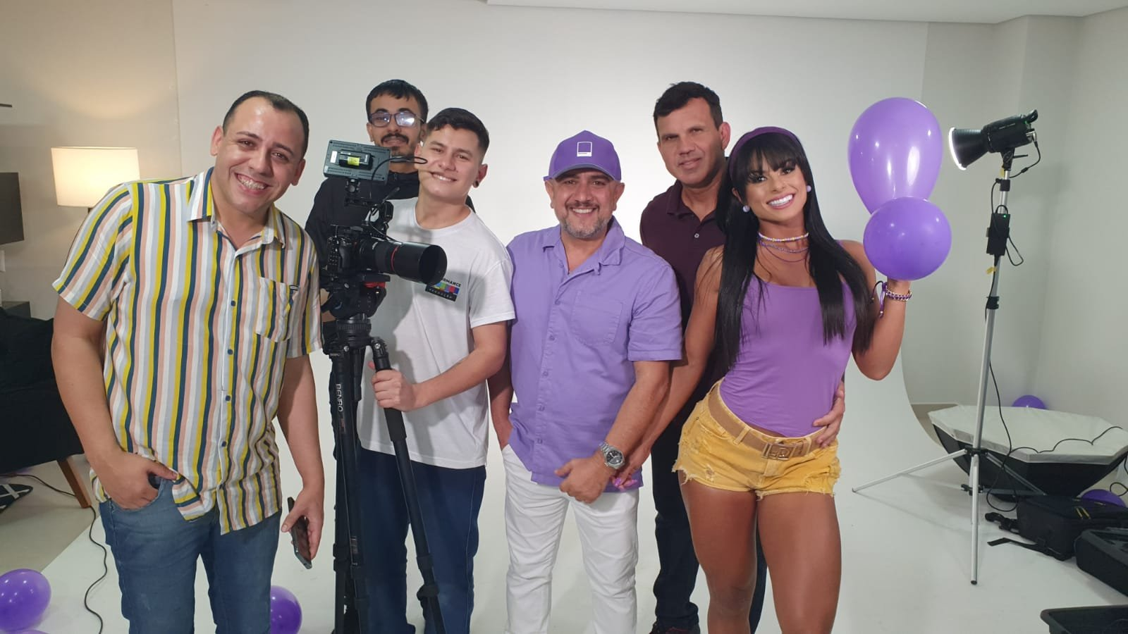 A agência araranguaense foi a escolhida pela marca de sorvetes saudáveis, que terá como estrela a musa Janine Machado